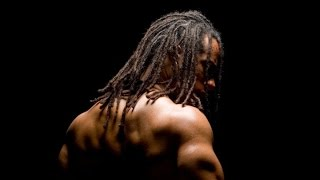 Capoeirista brasileiro faz sucesso no cinema internacional