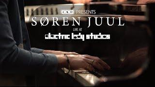 "Søren Juul - ""Pushing Me Away"" (Live at Electric Lady Studios)"