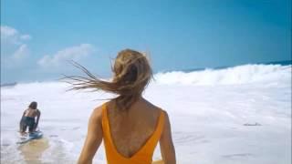 Alexis Ren and Jay Alvarrez - Love me like you do