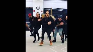 Jennifer Lopez ''Amor, Amor,Amor'' dance before Dubai concert