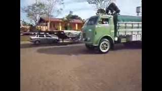 FNMs saindo de Pilar do Sul