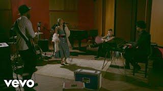 Bruno Martini - Sun Goes Down (Ao Vivo Em São Paulo / 2017) ft. Isadora