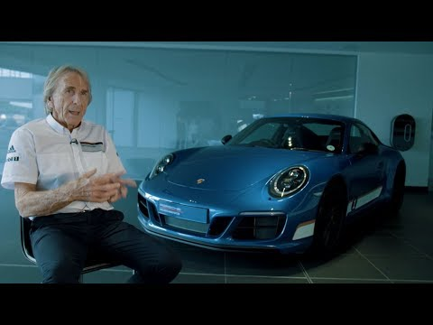 Derek Bell meets his British Legends Edition 911 Carrera 4 GTS