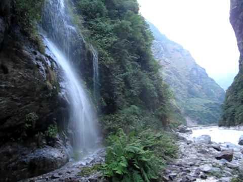 Annapurna Circuit Nepal – Tal to Dharapani