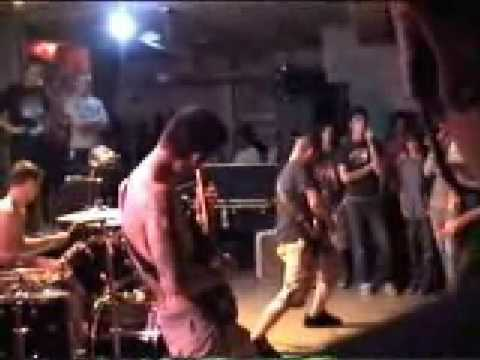 Raped Pillaged And Gut de Waking The Cadaver Letra y Video