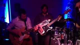 Divorceds - Wooly Bully (Sam The Sham and the Pharaohs) - Live at Marreco's Wedding