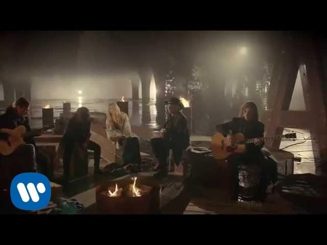 """Video oficial de """"Mi verdad"""" de Maná y Shakira"""