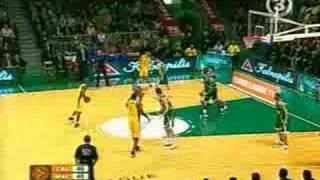 Mamadou N'Diaye blocks Esteban Batista (2008 02 21)