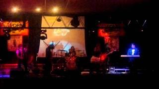 Kami No Project - Paredes Blancas (Cover de Cuervo de Poe) (HD)
