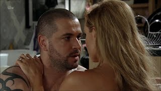 Corrie - Shayne Ward in a vest (15.09.17)