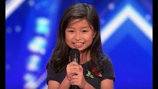 "Celine Tam [Legendado] - Got Talent | Garotinha de 9 anos canta ""My Heart Will Go On""."