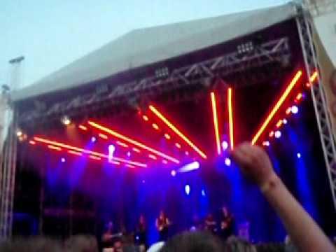 markus-krunegard-natt-efter-natt-peace-and-love-100703-helen-t
