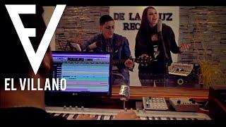 El Villano - Todos Al Baile Ft. Amapola (Video Estudio)