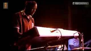 Nate James - 'Universal' (live at Paradiso)