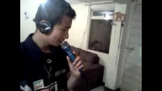Dj Alex del Barrio tambien canta