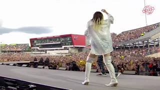 Pharrell Williams and Miley Cyrus - Happy (One Love Manchester) 2017