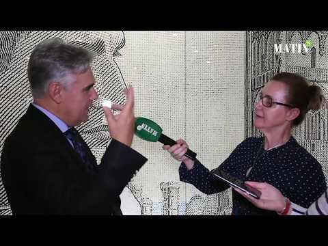 Video : «Miroir collectif», un dialogue artistique entre deux générations plastiques