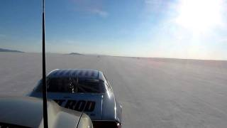 HOT ROD Camaro Backing Up a Bonneville Record on Two Cylinders