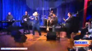 """Charlie Daniels plays """"Tangled up in blue"""" from his new album """"Doin' it Dylan"""""""