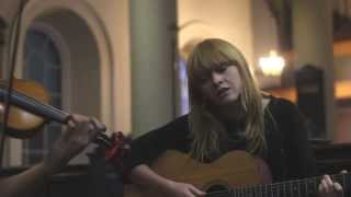 Lucy Rose Session Middle of the bed