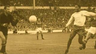 """Júlio Pereira - """"O desporto nacional"""" do LP* """"Fernandinho vai ao vinho"""" (1976) 5/10"""