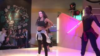 "Tinashe performs ""All Hands on Deck"" @Primark-Boston"