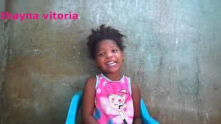 Menina de tres anos cantando o hino Anderson Freire- Raridade