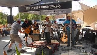 "Zapato Viejo, ""Hey Baby Que Paso"", Sept. 16, 2017, Berryessa Brewing Company"