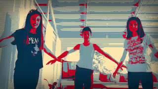 Duele el Corazon  [boy clip]