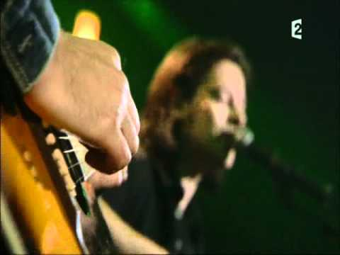benjamin-biolay-dans-la-merco-benz-live-telethon-2008-carine-rose
