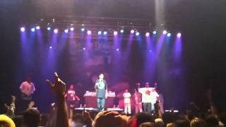 Snoop Dogg - Hypnotize live (Biggie tribute)