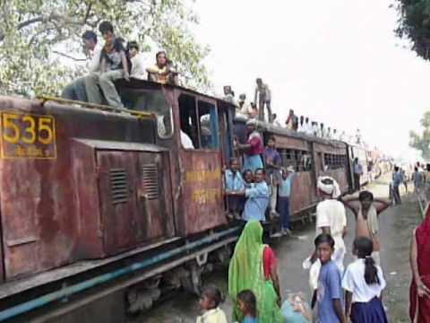 nepal – train to khajuri