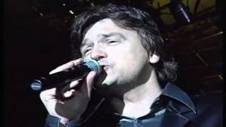Zdravko Colic - Zivis u oblacima mala - (LIVE) - (Beograd) - (Marakana 2001)