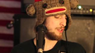 The Central - Statues (Live At Roberto's) THE HONEST SESSIONS