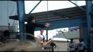Mitchel Musso singing Welcome To Hollywood at Six Flags Over Georgia!