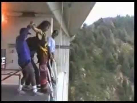Bloukrans Bridge. Highest Bungy Jump in the world. 216 m.