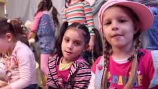 Вокална група Мики Маус ft. Валерия Стоянова - Африка