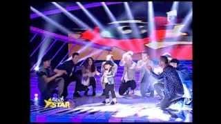 """Fabulos! El e noul Michael Jackson! David Focsanschi dansează la Next Star pe melodia """"Billie Jean"""""""