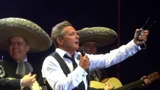 LLAMARADA, Luis Miguel en Concierto, Mariachi Vargas de Tecalitlan,