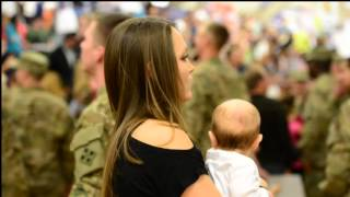 STUNNING VIDEO - Meeting Daddy! December 3, 2012 Homecoming!