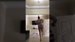 pulando com o gesso