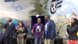 Brampton Triumphant Church Of God Youth Convention 2014 - Praise and Worship
