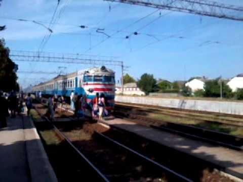 ER2 train Sevastopol-Simferopol in Bakchysarai.