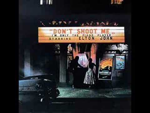 Texan Love Song de Elton John Letra y Video