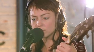 Angel Olsen - Give It Up (6 Music Live Room session)