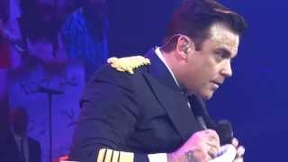 ROBBIE WILLIAMS signing shoe & poster - Hamburg 21/05/2014