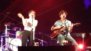 Arctic Monkeys - I wanna be yours por Luís Sequeira e Leonor Andrade nas festas do Barreiro 2014