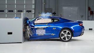2016 Chevrolet Camaro small overlap IIHS crash test