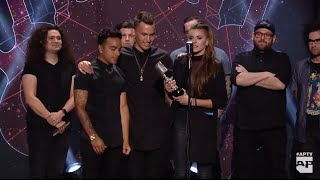 APMAs 2015: PVRIS win Breakthrough Band presented by Splat!