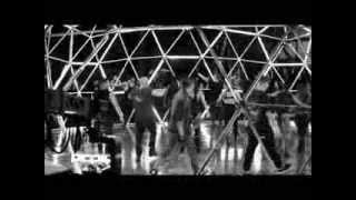 Ricky Martin - Behind The Scenes of Adrenalina ft. Jennifer Lopez and Wisin